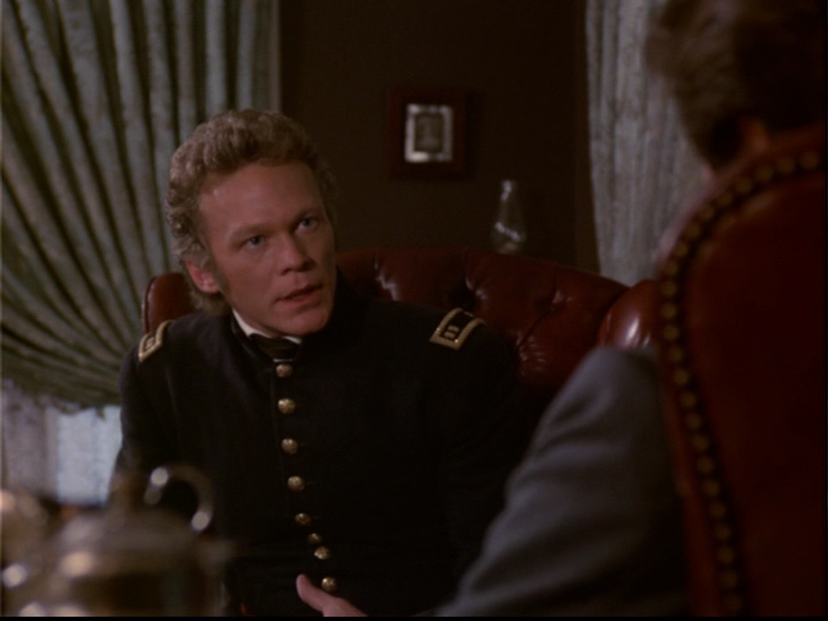 ariane179254_NorthAndSouth_Book2_1x05_EpisodeFive_0069.jpg